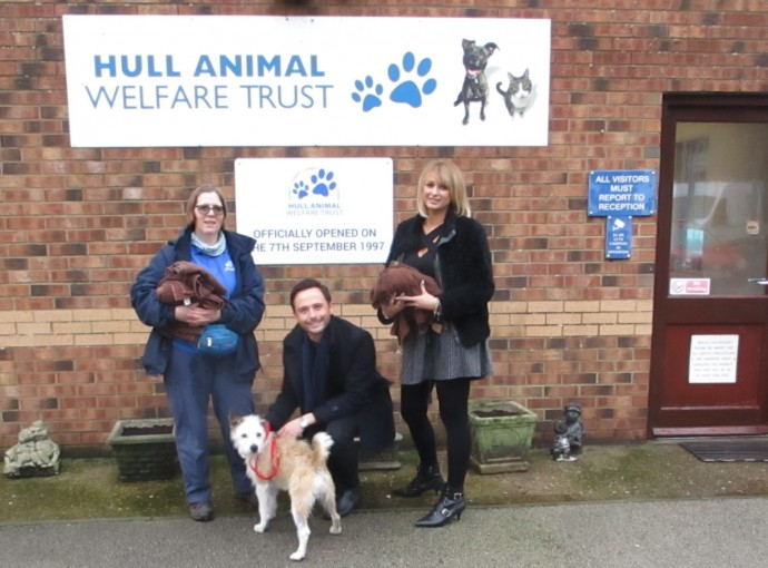 Salon in Christmas gift to animal charity