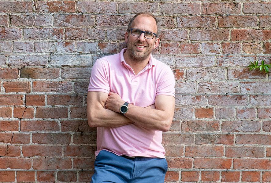 Dan Jones founder of Full Fibre