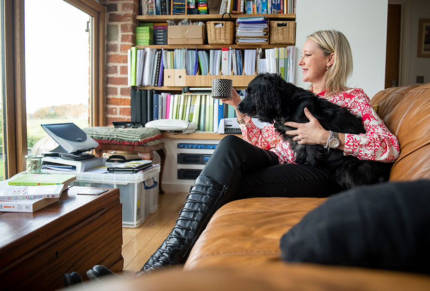 Liz Gait, EG People at home